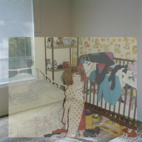 Lynné's Bedroom / Lynné